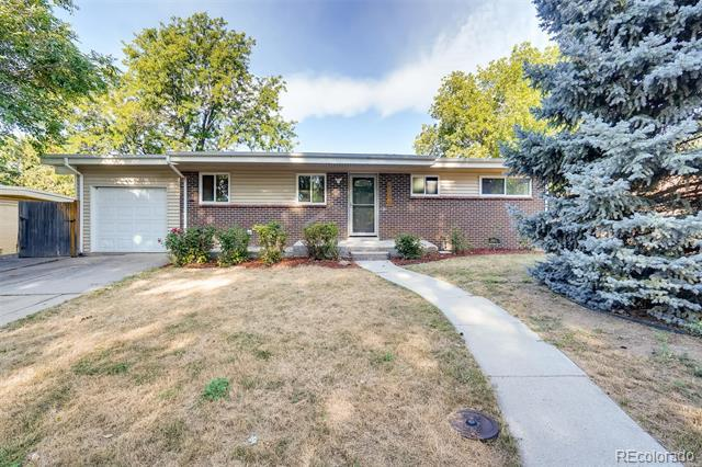 Photo of home for sale at 6195 Estes Street, Arvada CO
