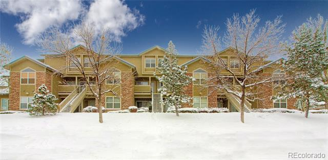 Photo of home for sale at 18332 Flora Drive E, Aurora CO