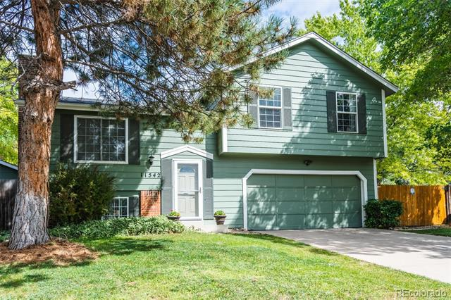 Photo of home for sale at 11542 Saint Paul Court, Thornton CO