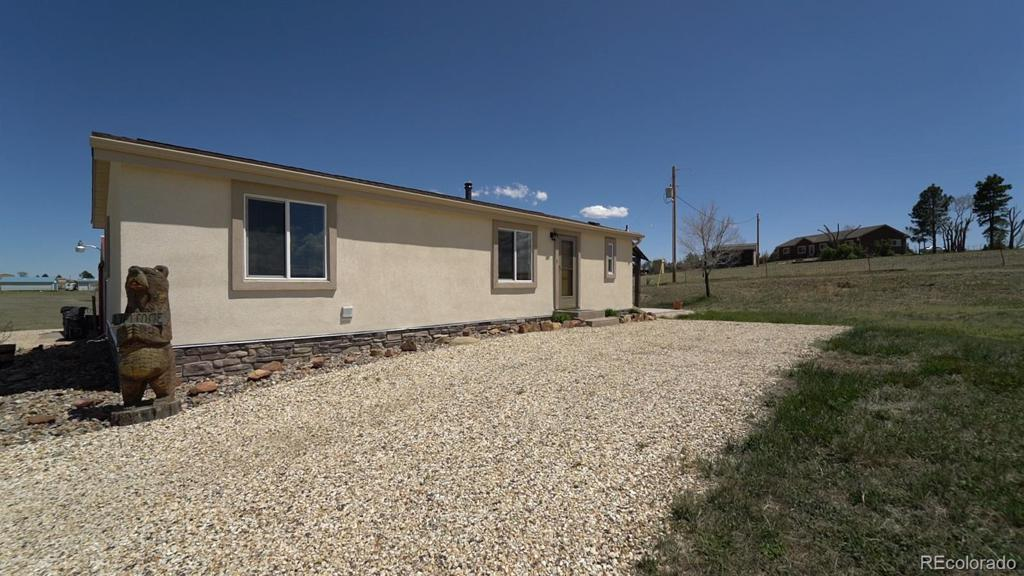 Photo of home for sale at 3965 Meridian Road N, Peyton CO