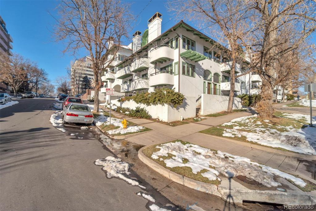 Photo of home for sale at 700 Pearl Street, Denver CO