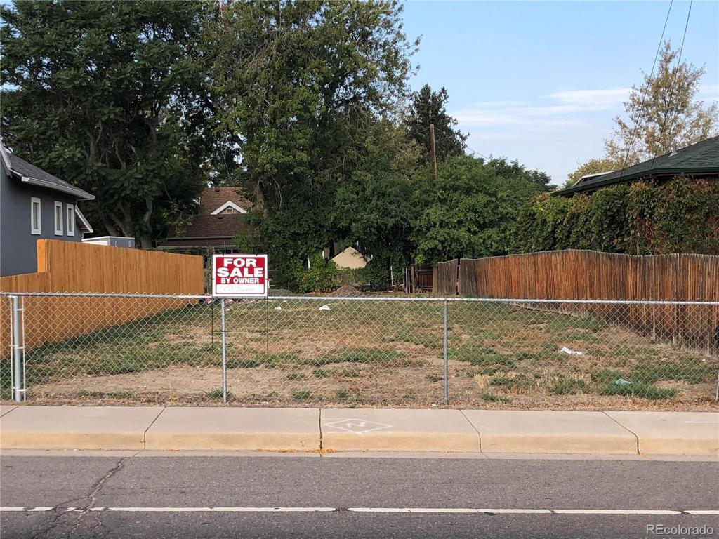 Photo of home for sale at 5401 Lowell Boulevard, Denver CO