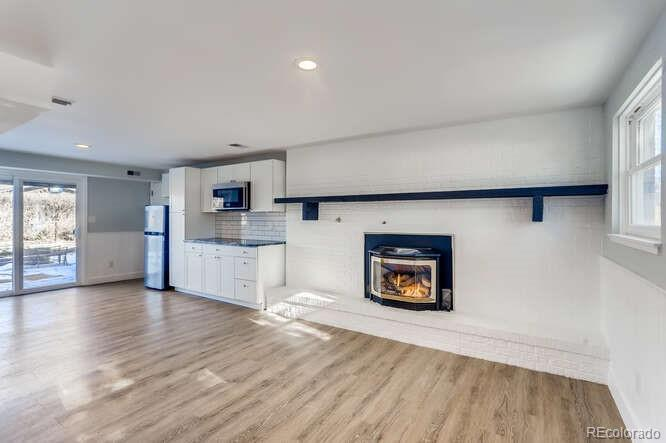 Photo of home for sale at 3525 Lakeview Circle, Longmont CO