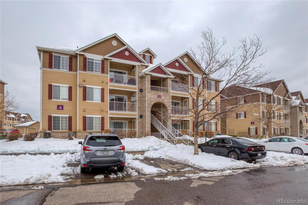 Photo of home for sale at 15700 Jamison Drive E, Englewood CO