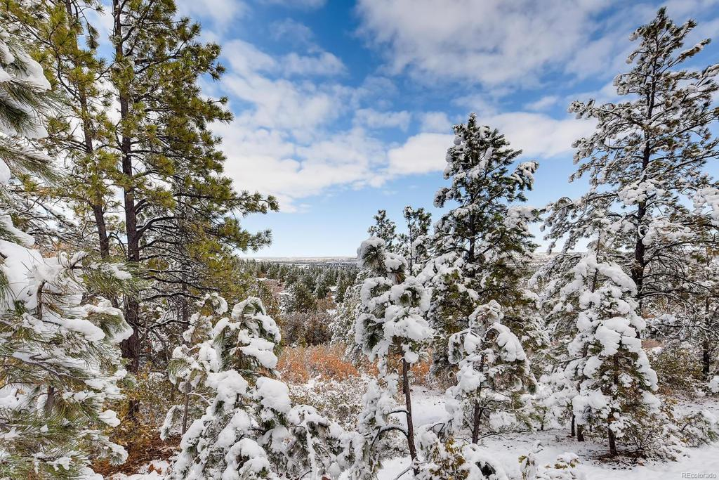 Photo of home for sale at 35 Woodmen Road E, Colorado Springs CO