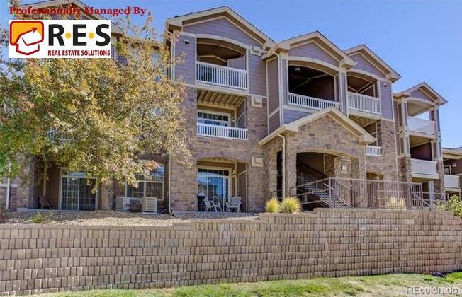 Photo of home for sale at 7440 Blackhawk Street S, Englewood CO