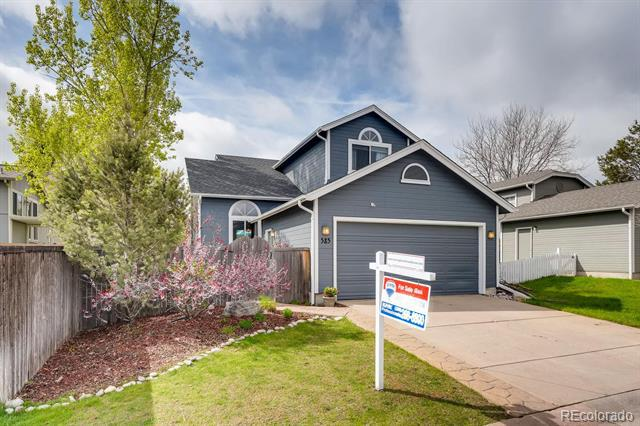 Photo of home for sale at 585 Arden Circle, Highlands Ranch CO