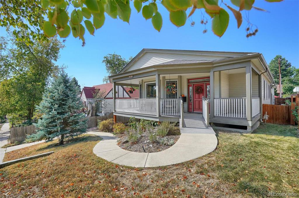Photo of home for sale at 2941 Chase Street, Wheat Ridge CO