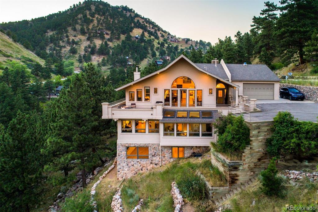 Photo of home for sale at 300 Pine Needle Road, Boulder CO