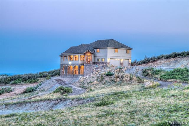 Photo of home for sale at 6433 Sedona Hills Drive, Berthoud CO