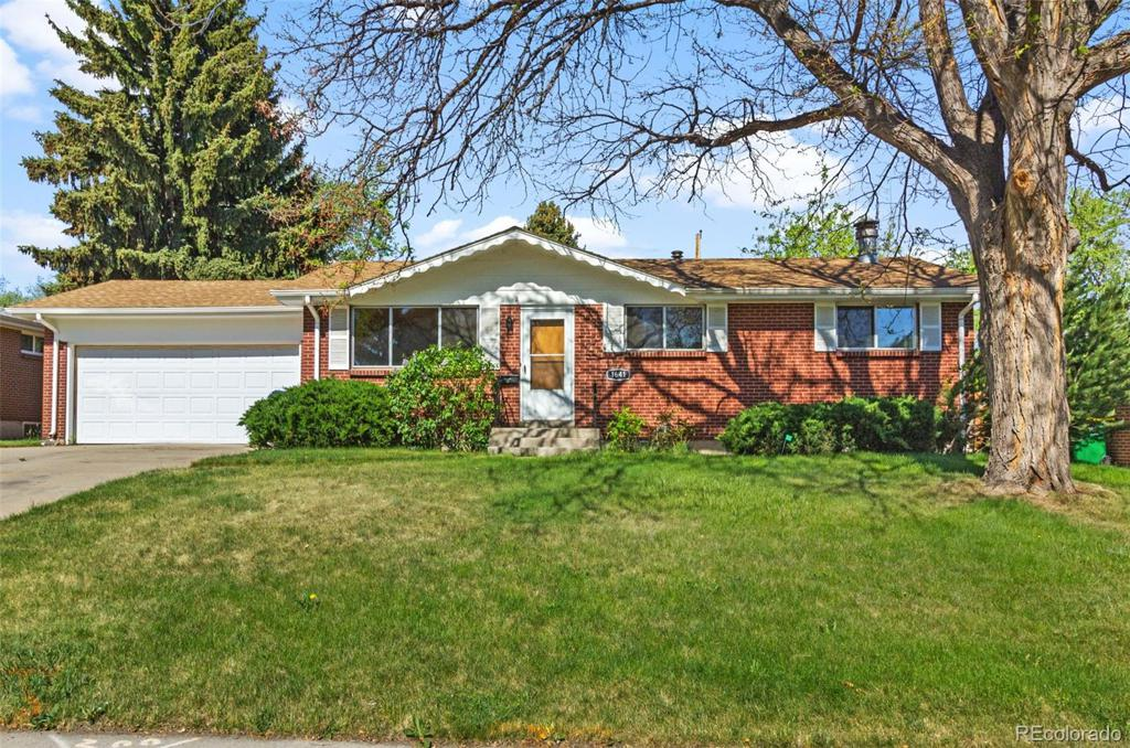 Photo of home for sale at 1641 Allison Street S, Lakewood CO