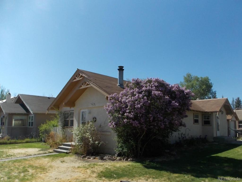 Photo of home for sale at 1401 2nd Street, Alamosa CO