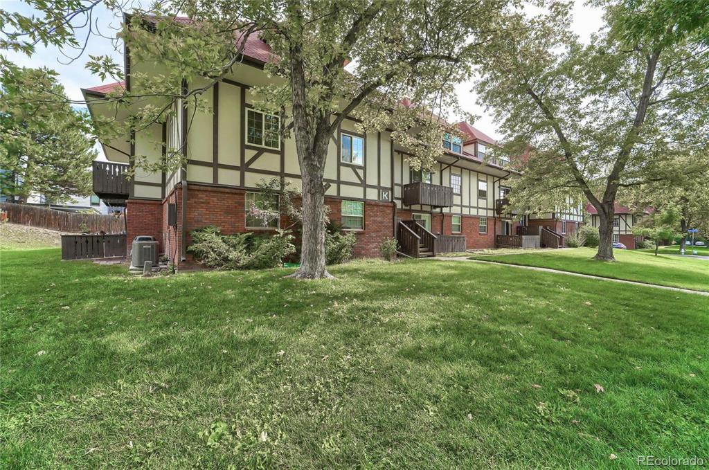 Photo of home for sale at 3250 O'neal Circle, Boulder CO