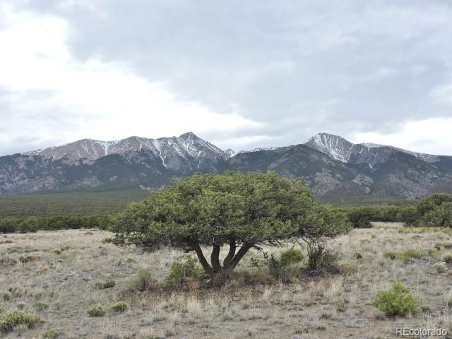 Photo of home for sale at 15 Nn 16th Street, Blanca CO