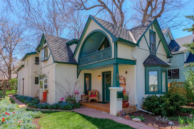 Photo of home for sale at 536 Maxwell Avenue, Boulder CO