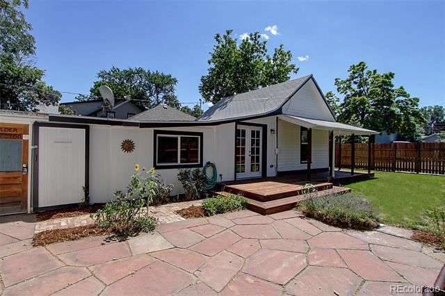 Photo of home for sale at 2003 Arapahoe Avenue, Boulder CO
