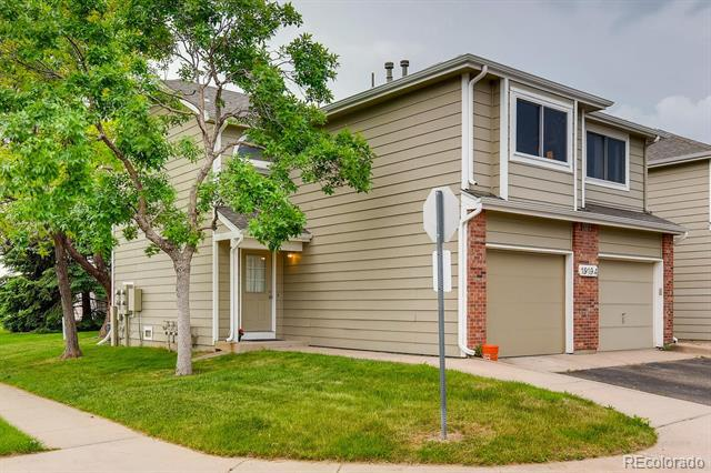 Photo of home for sale at 19194 Wyoming Drive E, Aurora CO