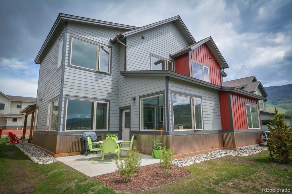 Photo of home for sale at 259 Haymaker Street, Silverthorne CO