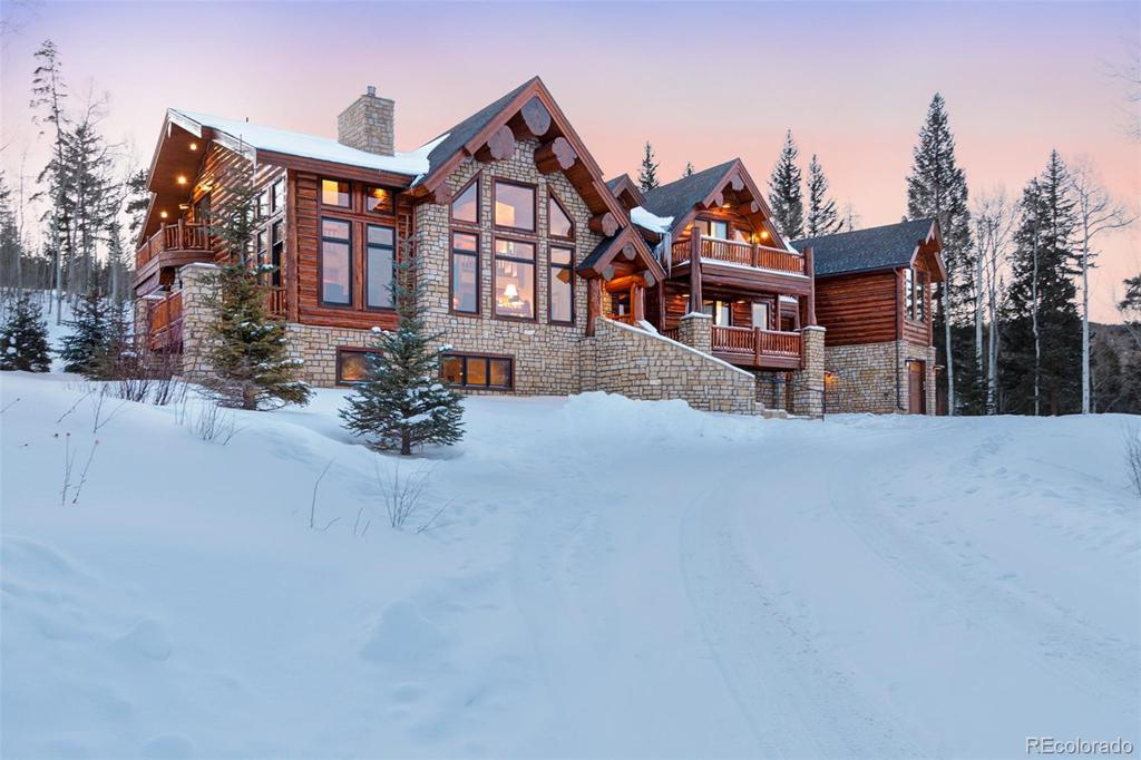 Photo of home for sale at 101 Pearl Lane, Silverthorne CO