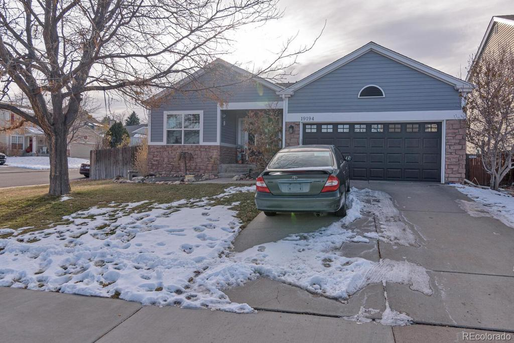 Photo of home for sale at 19194 Hampden Drive E, Aurora CO