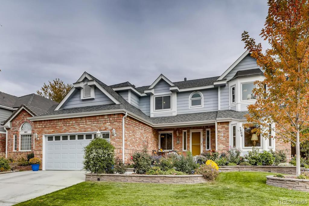 Photo of home for sale at 5809 Danube Circle S, Aurora CO