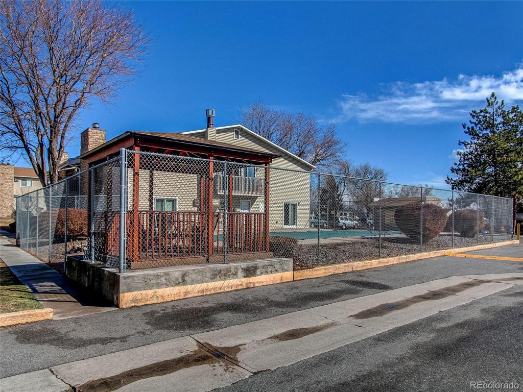 Photo of home for sale at 381 Ames Street S, Lakewood CO