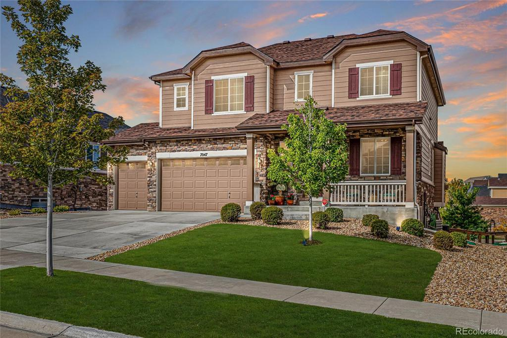 Photo of home for sale at 7047 Patsburg Way S, Aurora CO