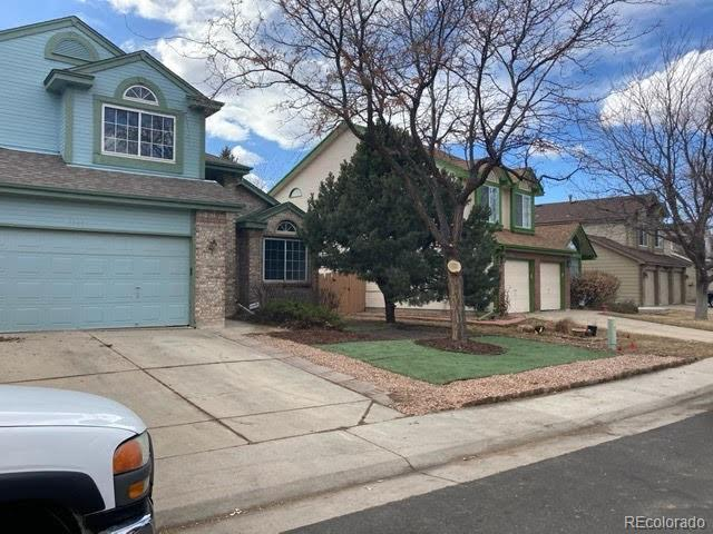 Photo of home for sale at 3235 Bahama Street S, Aurora CO