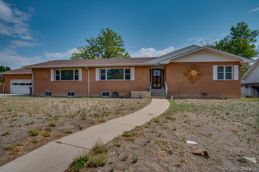 Photo of home for sale at 1902 Bonforte Boulevard, Pueblo CO