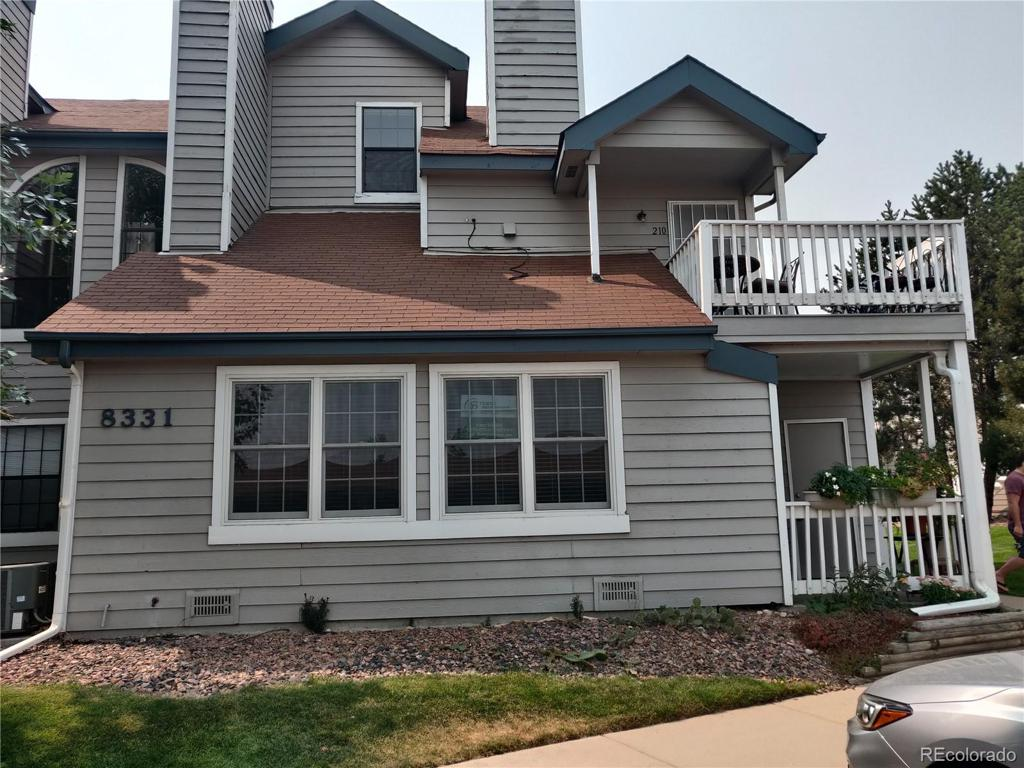 Photo of home for sale at 8331 Upham Way S, Littleton CO
