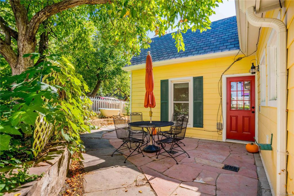 Photo of home for sale at 1423 Ford Street, Golden CO