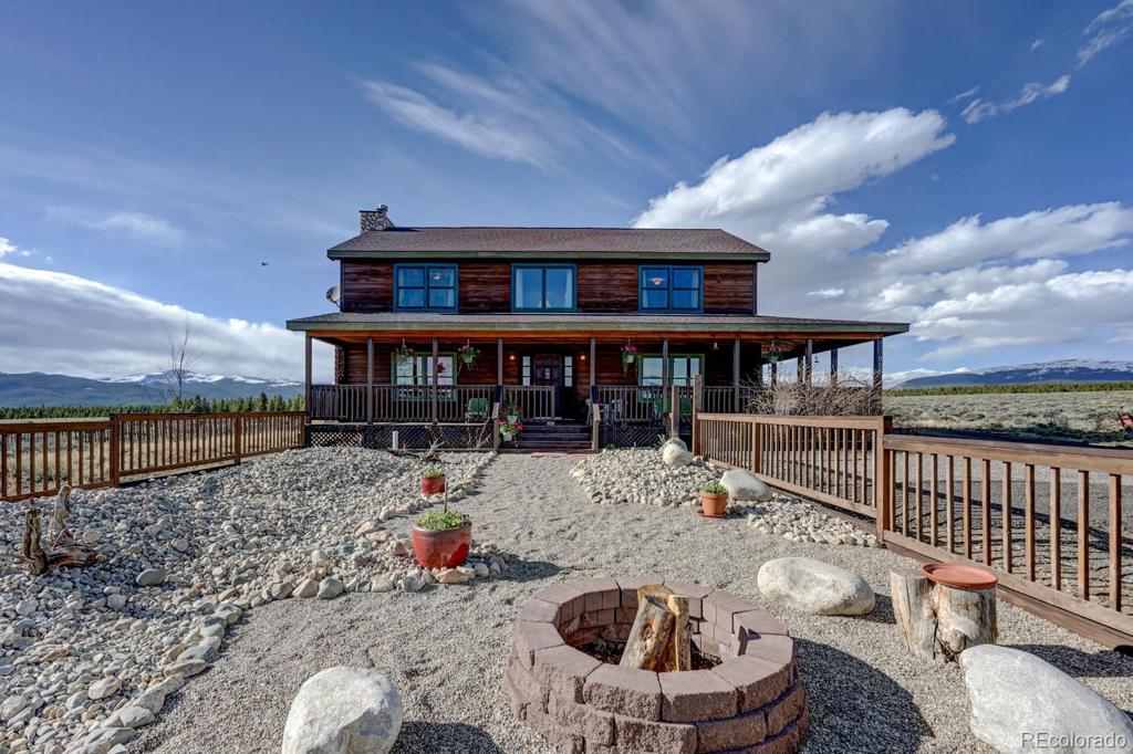 Photo of home for sale at 955 Crystal Ridge Road, Leadville CO