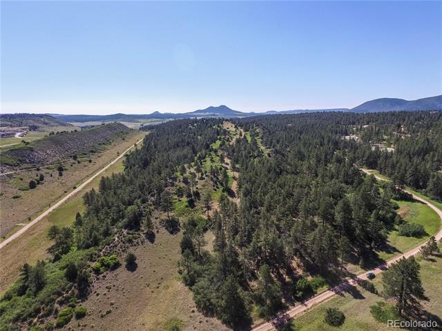 Photo of home for sale at 1000 Comanche Ridge, Larkspur CO