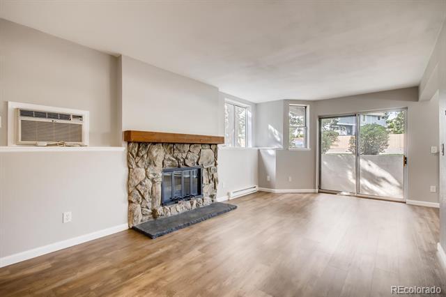 Photo of home for sale at 17403 Mansfield Avenue E, Aurora CO
