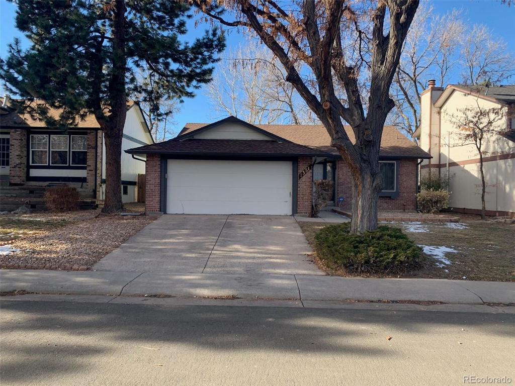 Photo of home for sale at 1351 Victor Street S, Aurora CO