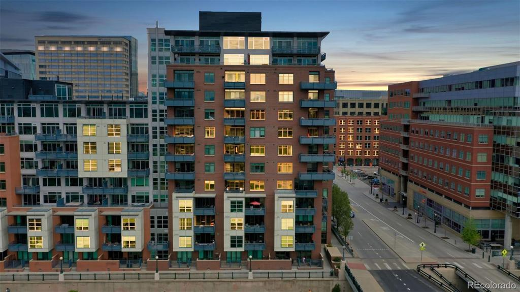 Photo of home for sale at 1401 Wewatta Street, Denver CO