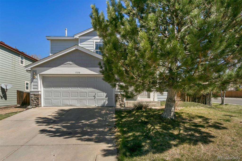 Photo of home for sale at 5330 Malaya Way S, Centennial CO