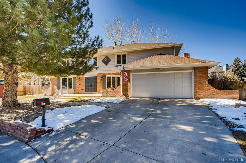 Photo of home for sale at 8121 Allison Court S, Littleton CO