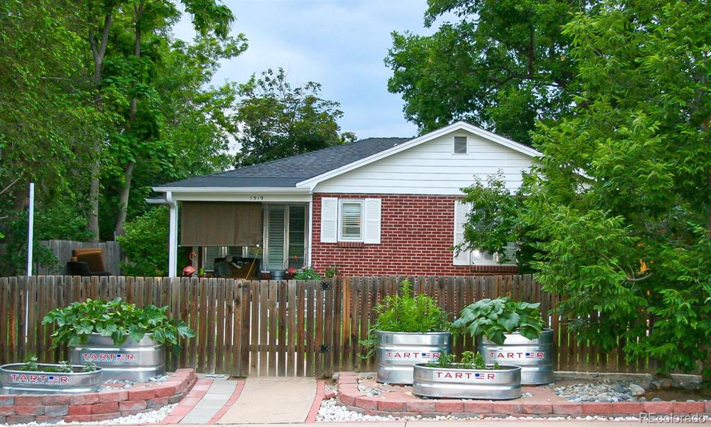 Photo of home for sale at 1519 York Street S, Denver CO