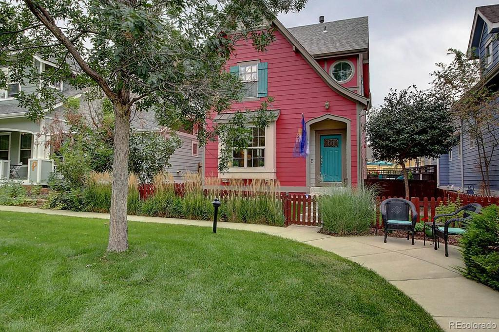 Photo of home for sale at 2618 Emporia Street, Denver CO