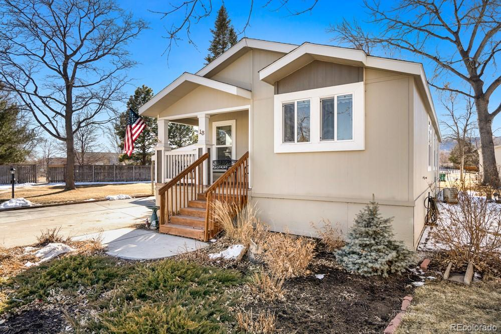 Photo of home for sale at 2211 Mulberry Street W, Fort Collins CO