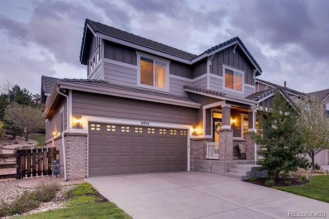 Photo of home for sale at 6914 Buchanan Court South, Aurora CO