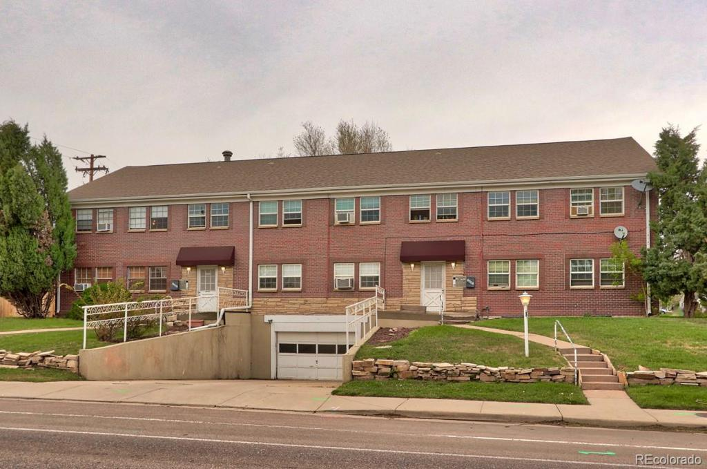 Photo of home for sale at 5901 26th Avenue W, Edgewater CO