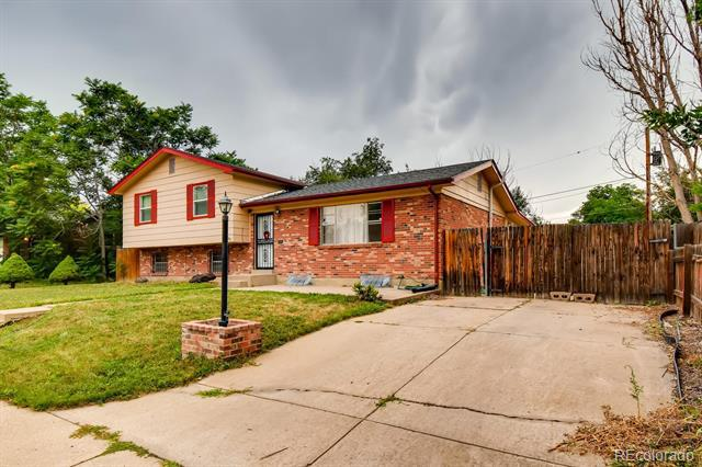 Photo of home for sale at 11887 Lafayette Street, Northglenn CO