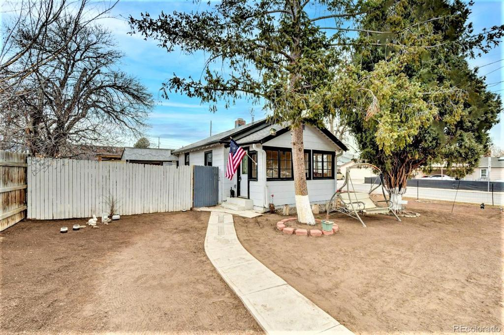 Photo of home for sale at 2803 Decatur Street S, Denver CO