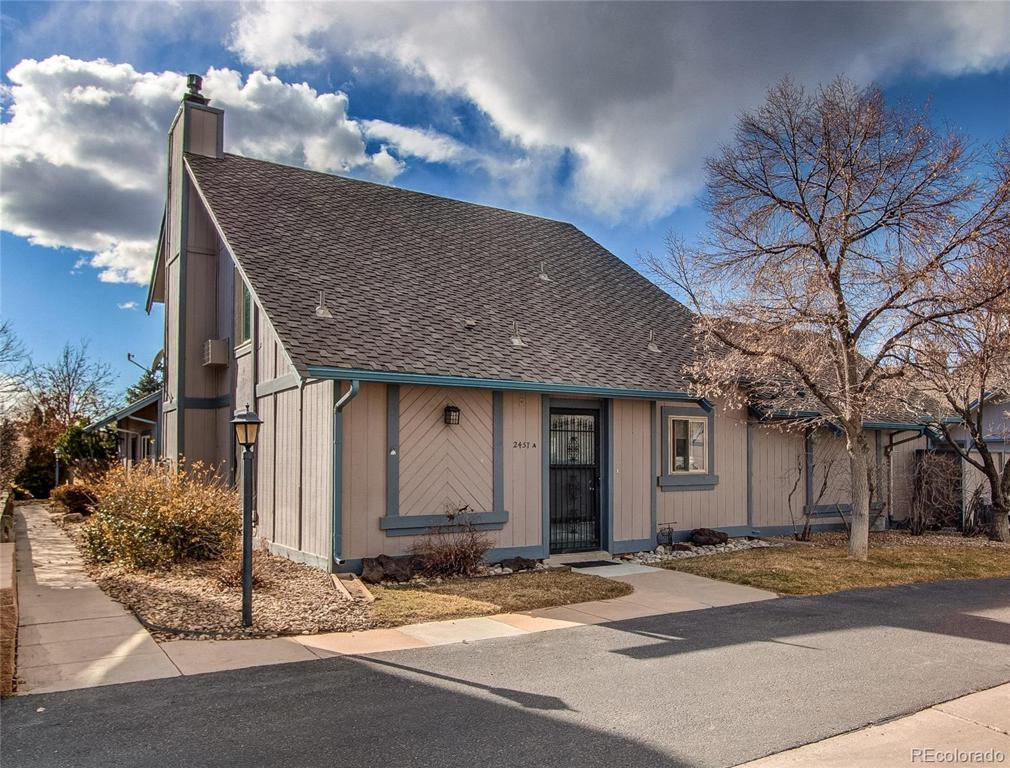 Photo of home for sale at 2457 Victor Street S, Aurora CO