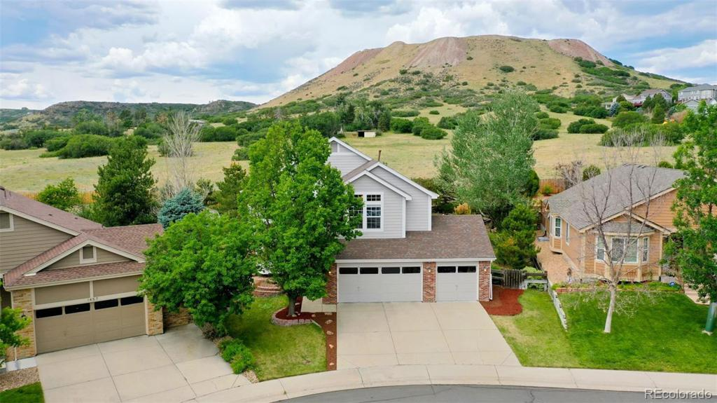 Photo of home for sale at 1461 Short Grass Court, Castle Rock CO
