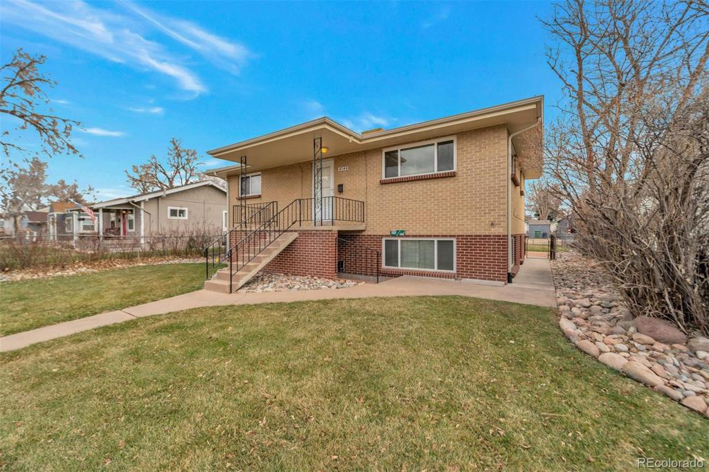Photo of home for sale at 4144 Lincoln Street S, Englewood CO