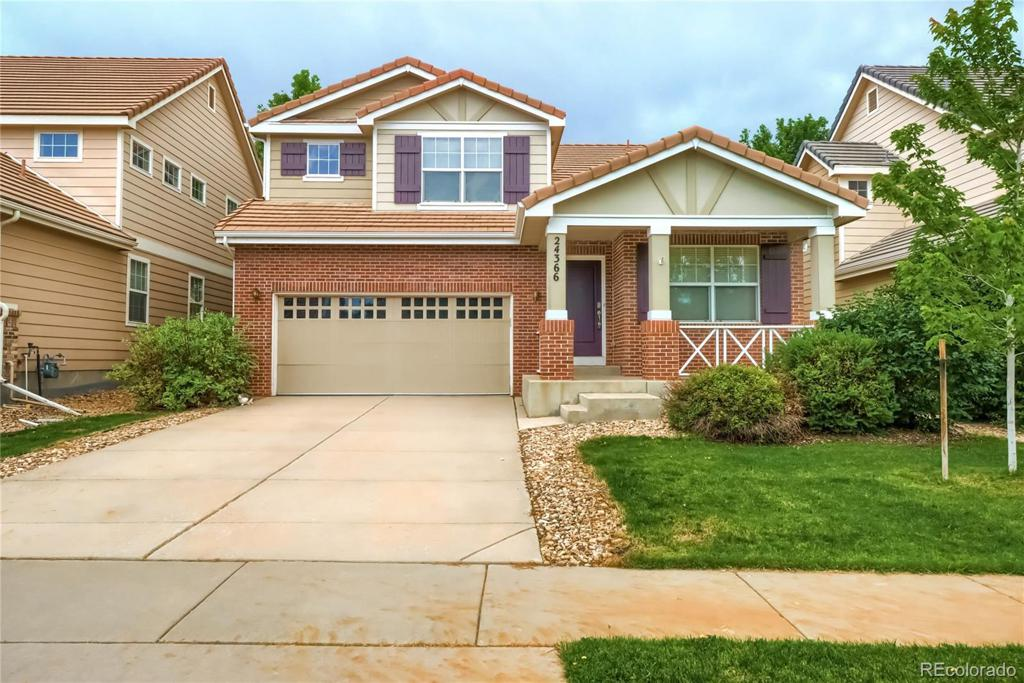 Photo of home for sale at 24366 Kansas Circle E, Aurora CO