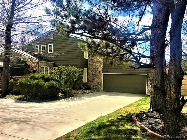 Photo of home for sale at 1582 Briarwood Avenue W, Littleton CO
